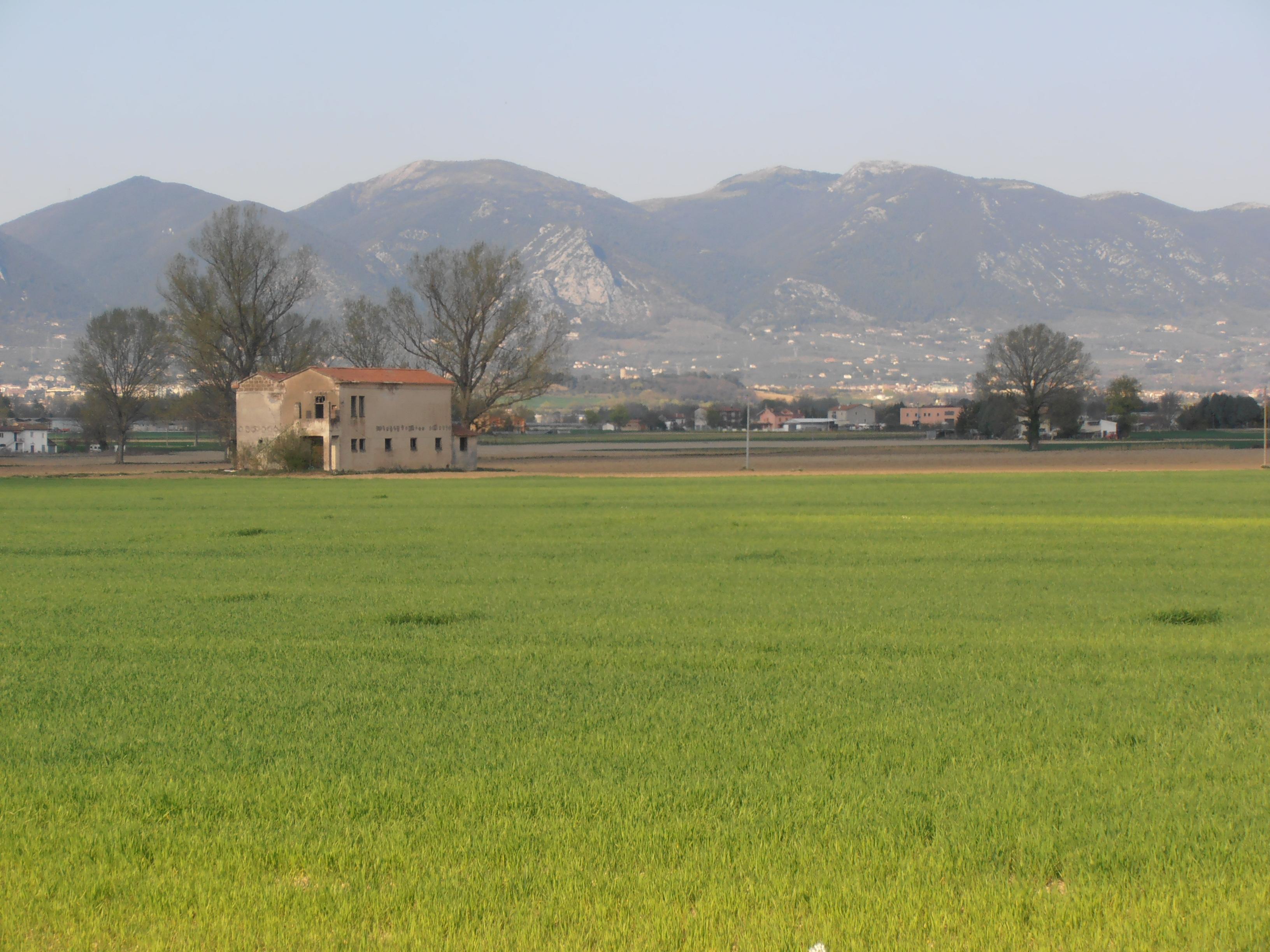 """""""Li Piani"""" tra Terni e Narni: la zona in cui fu trovato l'uomo assassinato"""