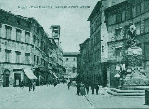 Il Duca d'Aosta e il monumento a Vannucci