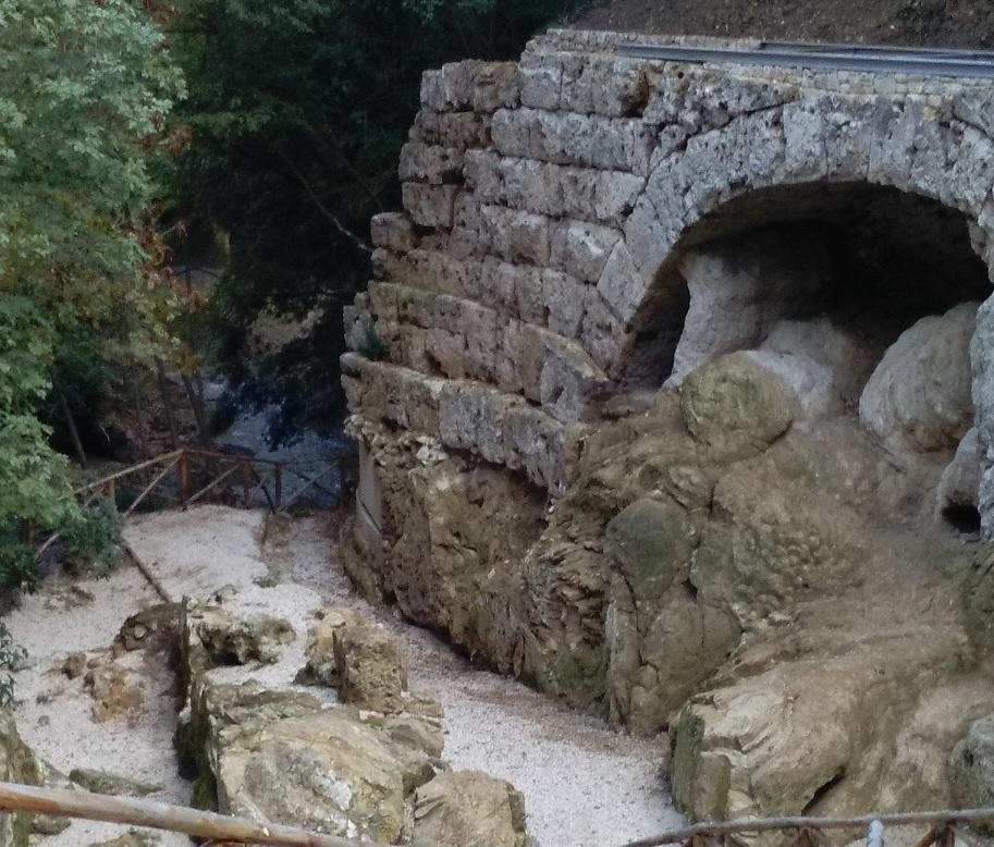 Il Ponte del Toro alla Cascata delle marmore