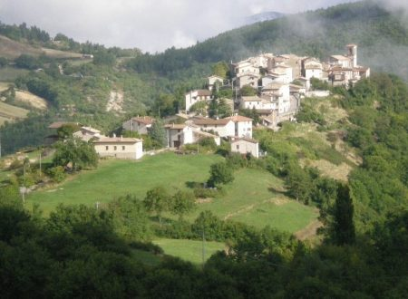 Antonia and Sara, the only inhabitants of Usigni