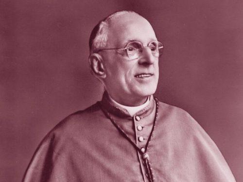 L'arcivescovo di Spoleto schedato dai carabinieri