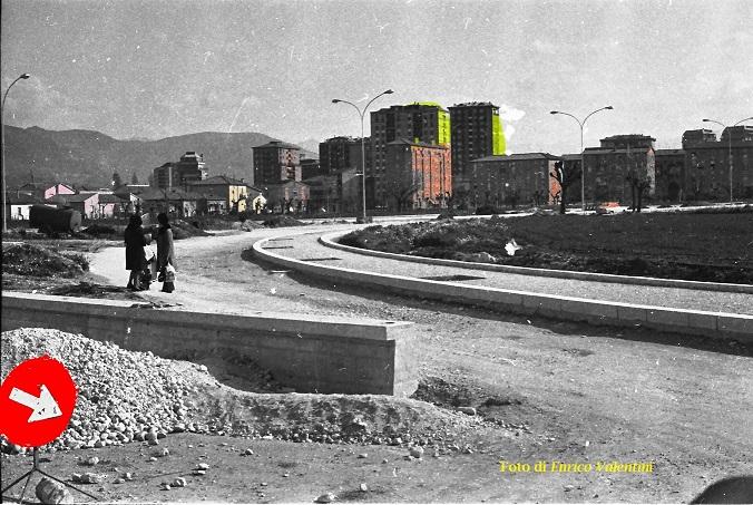I lavori per la strada dei quartieri a San Giovanni (foto E.Valentini)