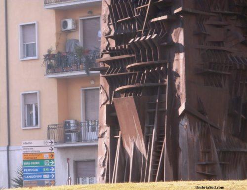 Obelisco di Terni, festeggiati i vent'anni