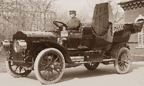 Perugia 1909: scalpore per una bara su un'automobile