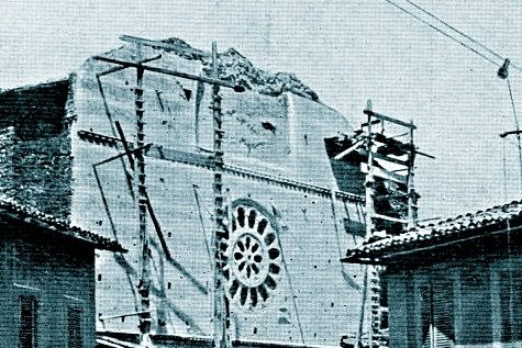 Foligno 1903, crolla la facciata del Duomo durante lavori di restauro: 5 operai morti