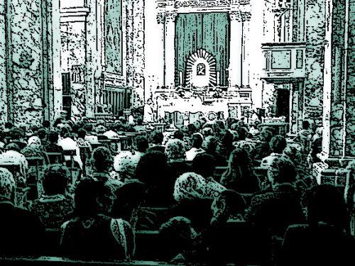 Zittisce il prete durante la messa e spiega lui il Vangelo: denunciato