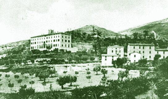 Gualdo Tadino 1863: spezzata e bruciata la Croce lungo la strada della stazione